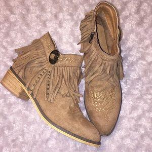 💫Mi.iM Thea fringe ankle boots size 6.5